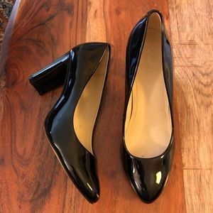 Marc Fisher Black Patent Leather Round Toe Pumps 6